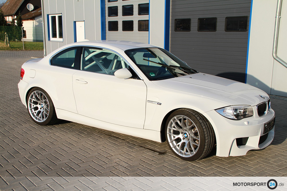 135i e82 rennsport zubeh r bmw m tuning teile f r m3 m4. Black Bedroom Furniture Sets. Home Design Ideas
